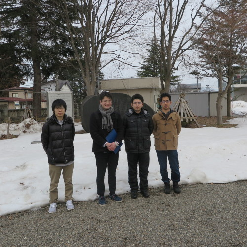 物質化学工学専攻博士前期2年、田中 隆馬君が3人と一緒に重文本館を見学_c0075701_20560808.jpg