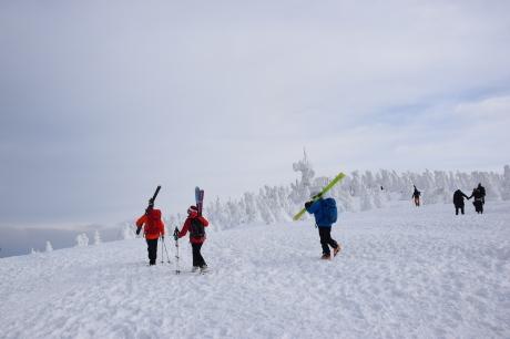 2018年12月22-24日 粉雪病の季節始まる。八甲田山で初滑り_c0242406_13113315.jpg