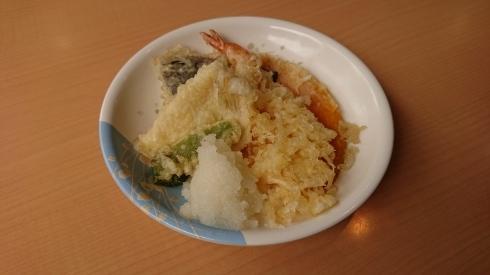 今日のお昼ご飯_d0178056_13381008.jpg
