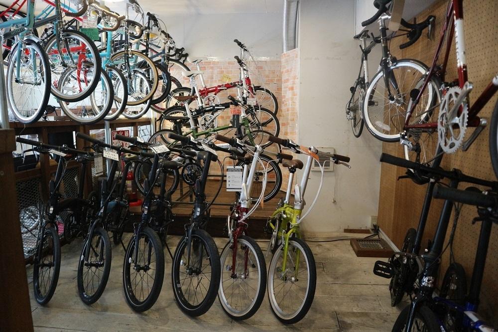 2月27日 渋谷 原宿 の自転車屋 FLAME bike前です_e0188759_10501514.jpg