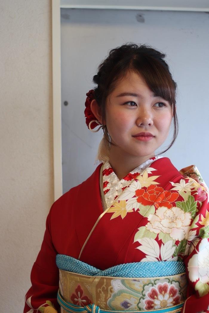 Ikumiちゃんは千總の振袖で_d0335577_07323166.jpeg