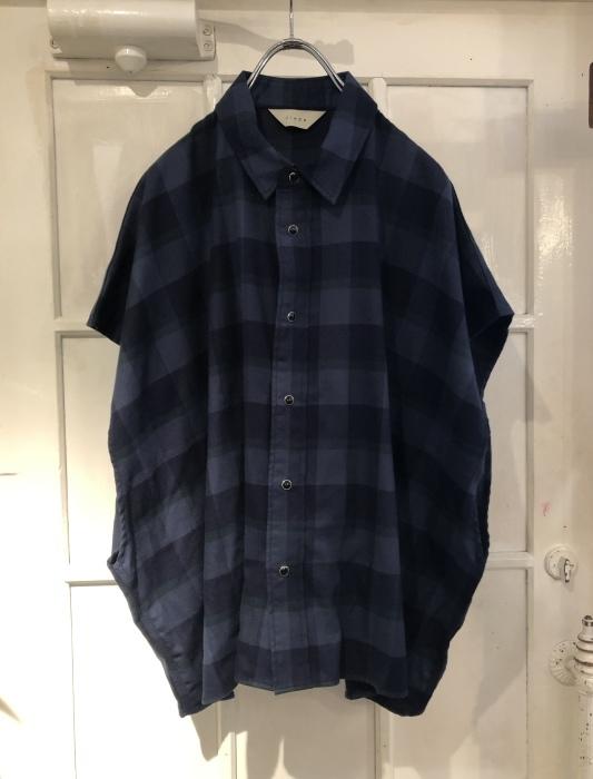 ご紹介に遅れました JieDa スリーブレスシャツ の紹介です!_e0298685_16550508.jpeg