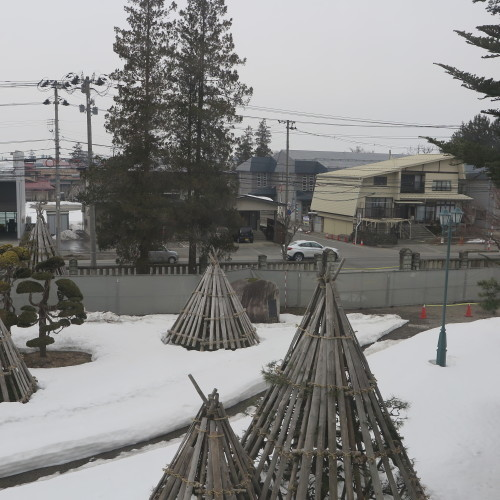 工学部正門塀の解体工事用フェンス(重文本館側)の組み立て 2016.2.27_c0075701_14391667.jpg
