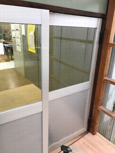 ガラスをポリカに交換。_b0131012_17570045.jpg