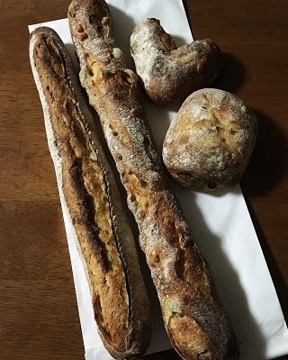 ル・プチメックのパン4種♪_f0231189_00012559.jpg