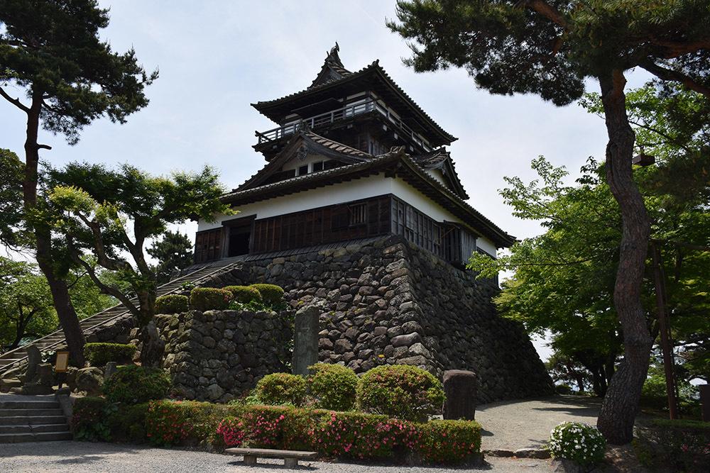 日本最古の現存天守、丸岡城を訪ねて。 その1 <天守・外観>_e0158128_19305611.jpg
