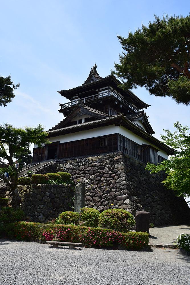 日本最古の現存天守、丸岡城を訪ねて。 その1 <天守・外観>_e0158128_19340097.jpg