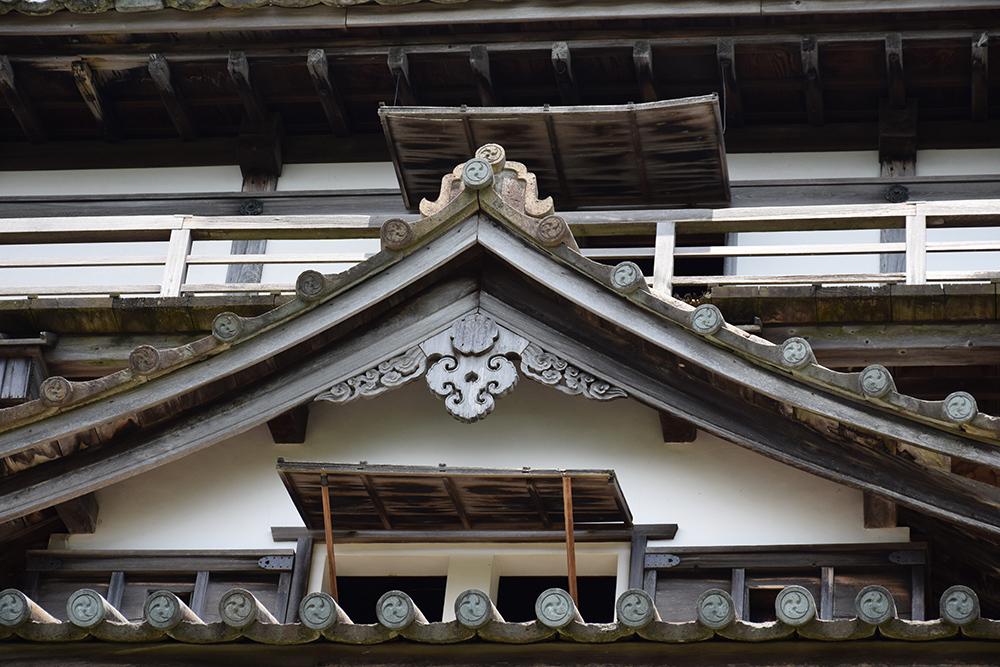 日本最古の現存天守、丸岡城を訪ねて。 その1 <天守・外観>_e0158128_19381174.jpg