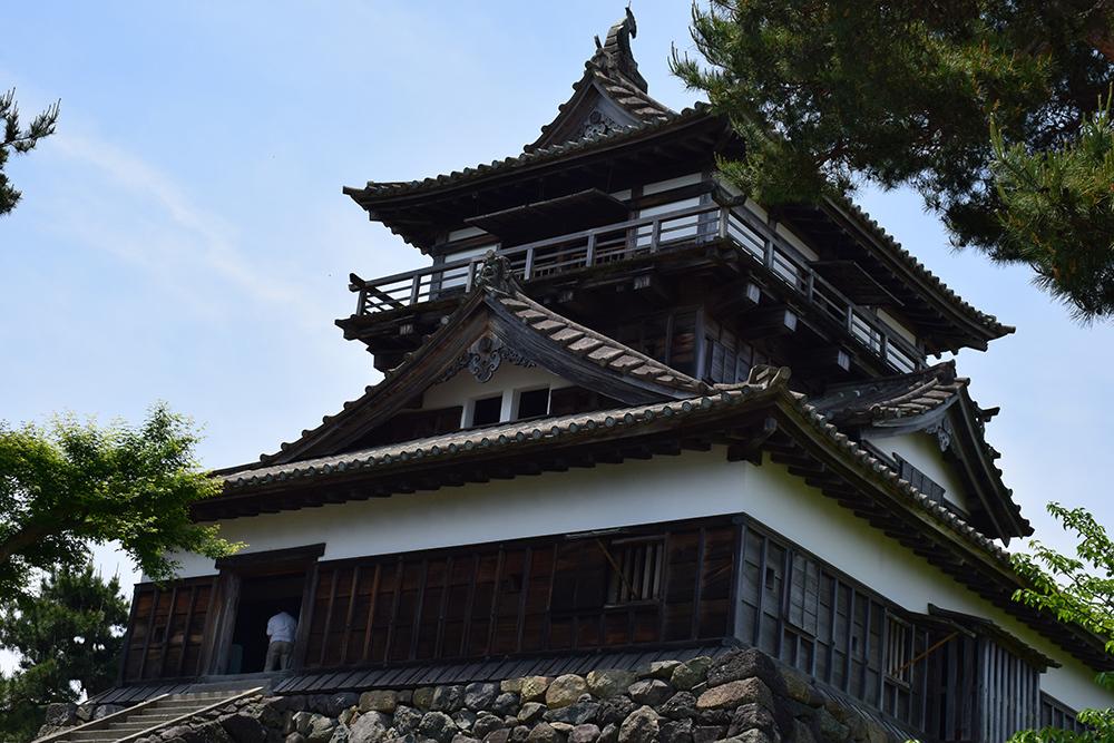日本最古の現存天守、丸岡城を訪ねて。 その1 <天守・外観>_e0158128_19440025.jpg