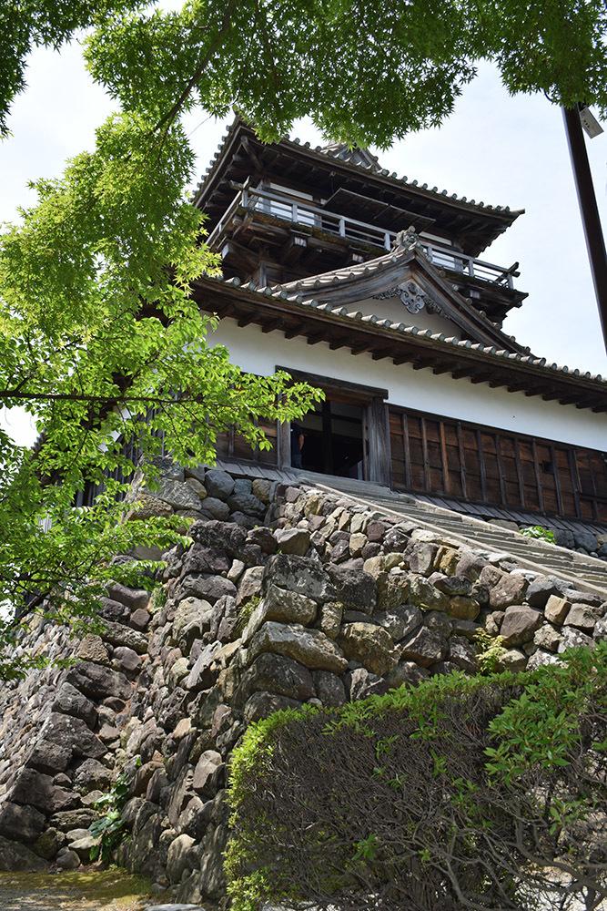 日本最古の現存天守、丸岡城を訪ねて。 その1 <天守・外観>_e0158128_19460706.jpg