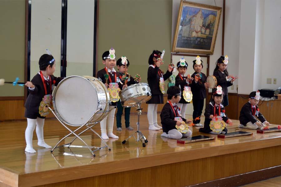 上宮第二幼稚園の「お誕生会」です。_d0353789_11452730.jpg