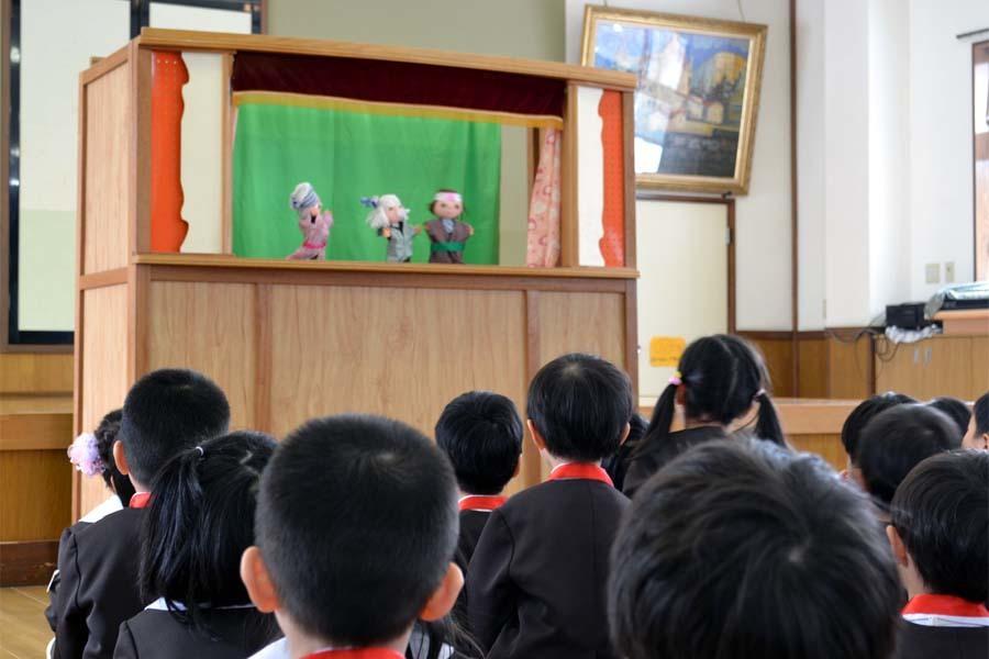 上宮第二幼稚園の「お誕生会」です。_d0353789_11454280.jpg