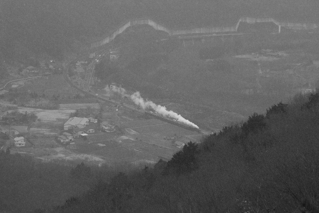 霙降る日、白煙が玉淀を走る - 2019年晩冬・秩父 -_b0190710_18302369.jpg