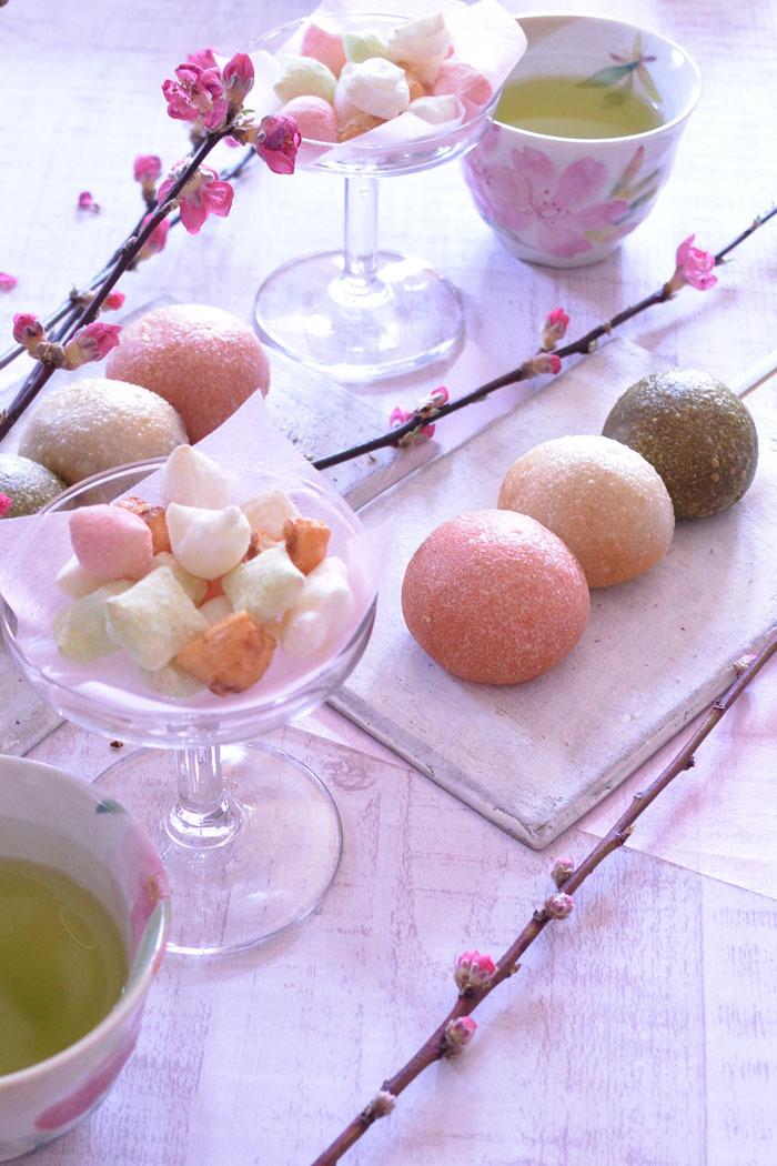 ◆フランスアンティーク*19世紀のガラスクープとひな祭りのお菓子_f0251032_12582953.jpg