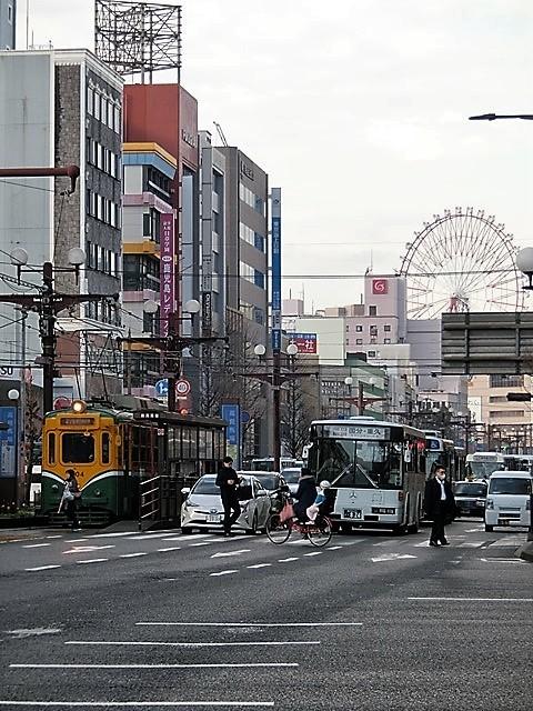 藤田八束の鉄道写真@路面電車は楽しすぎ。鹿児島市内を走る路面電車は観光客にも大好評、これからの観光事業には路面電車は必須条件_d0181492_13414494.jpg