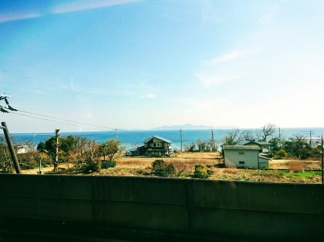 びわ湖と淡路島はほぼ同じ面積です(サンダーバード情報)_e0167593_23173575.jpg