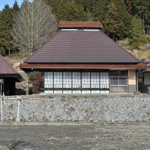 県北の小屋とお雛さん_f0099102_21115838.jpg