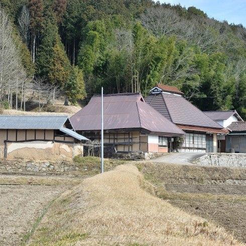 県北の小屋とお雛さん_f0099102_21123926.jpg