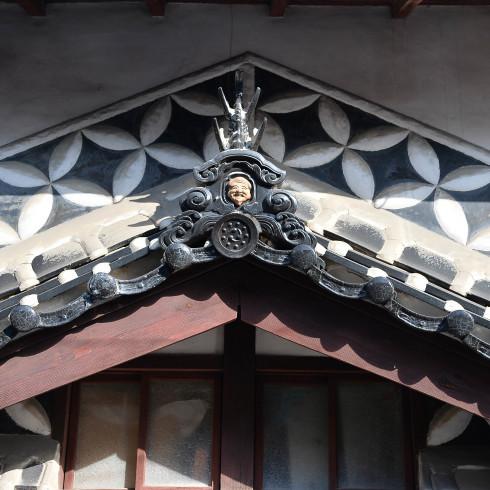 県北の小屋とお雛さん_f0099102_21125157.jpg