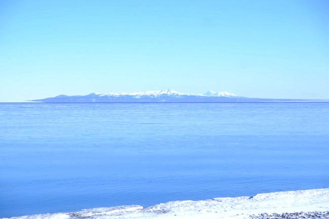 「真冬の知床羅臼根室の旅 野付半島 氷平線ウォーク」_a0000029_20244196.jpg