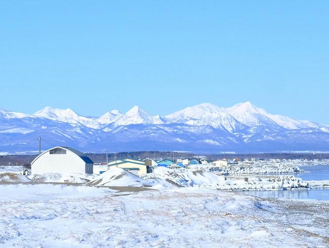 「真冬の知床羅臼根室の旅 野付半島 氷平線ウォーク」_a0000029_20332225.jpg