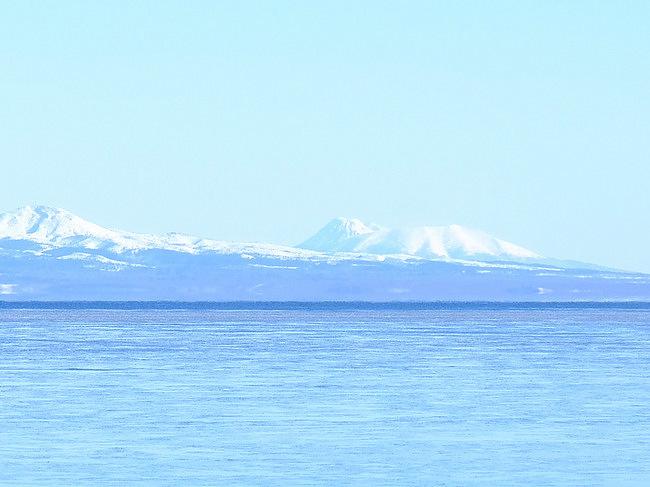 「真冬の知床羅臼根室の旅 野付半島 氷平線ウォーク」_a0000029_20482537.jpg