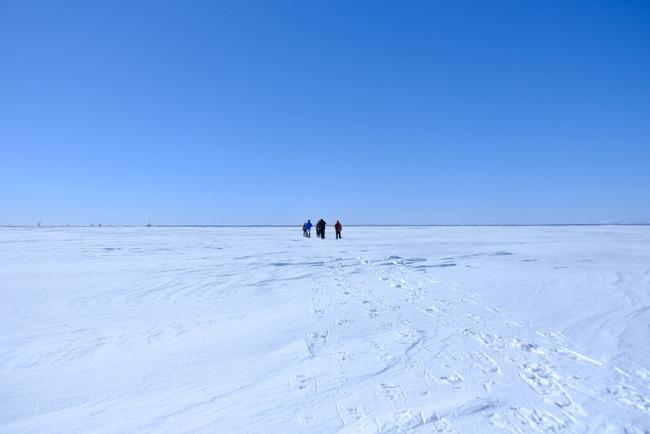 「真冬の知床羅臼根室の旅 野付半島 氷平線ウォーク」_a0000029_21303246.jpg