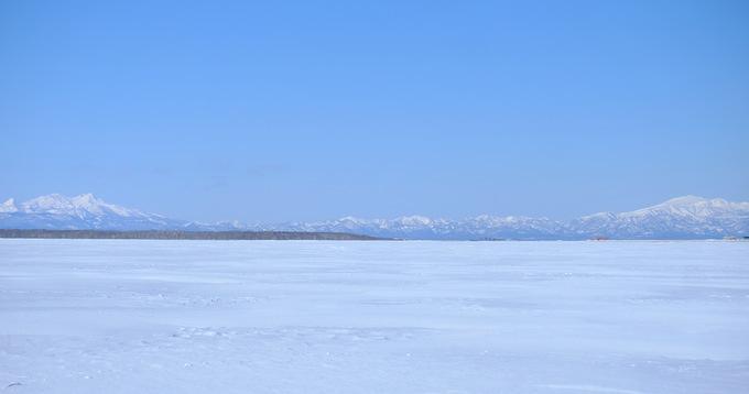 「真冬の知床羅臼根室の旅 野付半島 氷平線ウォーク」_a0000029_21422143.jpg