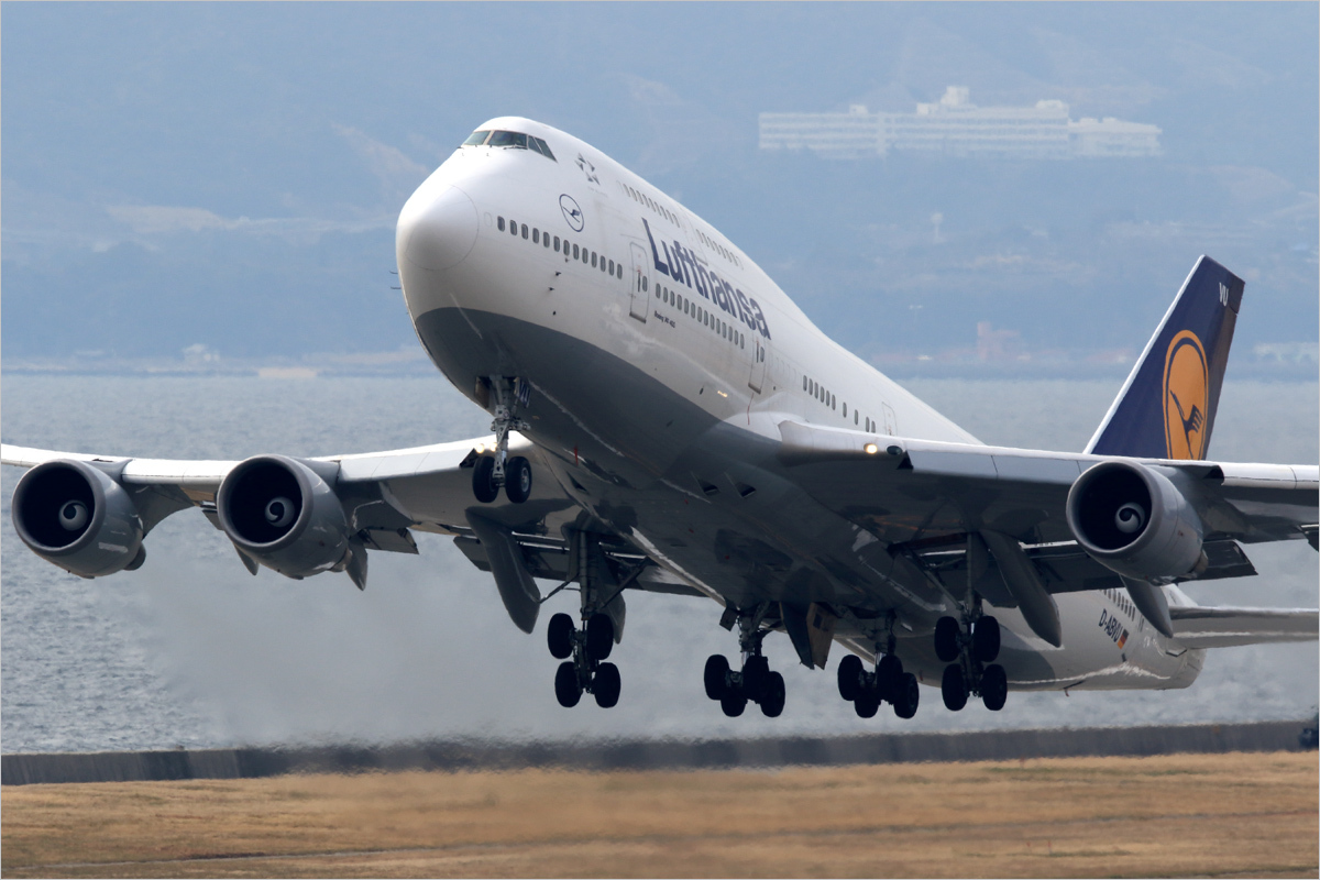 24年6ヶ月 - 関西国際空港_c0308259_18112991.jpg