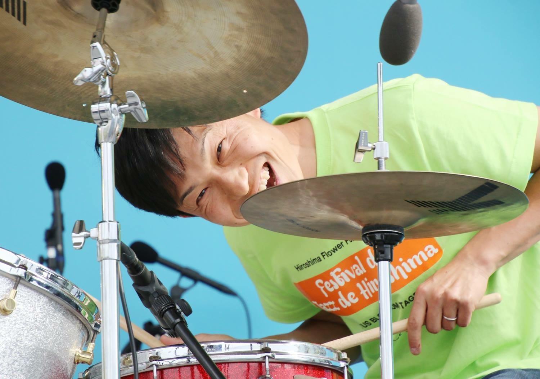 広島 ジャズライブ カミン Jazzlive Comin 9月27日金曜日のライブ_b0115606_11074927.jpeg