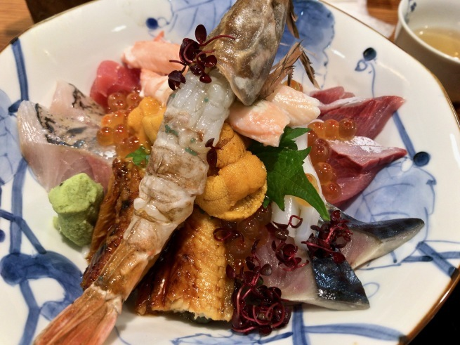 上品な海鮮丼。──「割烹 むら井」(金沢の旅 その14)_d0352022_15164330.jpg