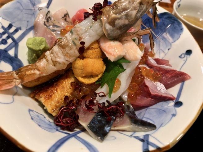 上品な海鮮丼。──「割烹 むら井」(金沢の旅 その14)_d0352022_15164821.jpg