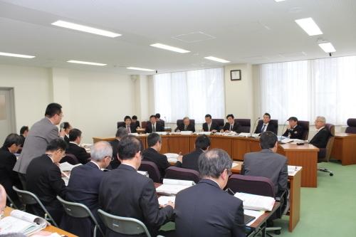 福島県議会定例会(児童虐待について)_f0259324_12100993.jpg