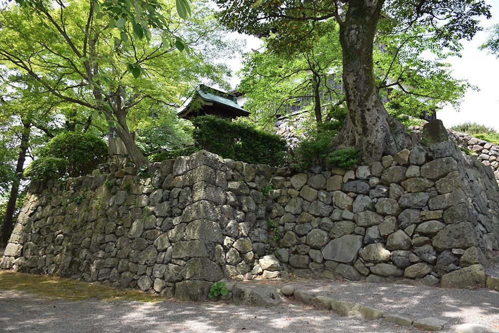 日本最古の現存天守、丸岡城を訪ねて。 その3 <本丸>_e0158128_10202534.jpg