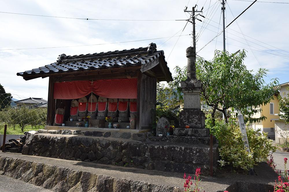 越前朝倉氏発祥の地、但馬朝倉城跡を訪ねて。_e0158128_20450693.jpg