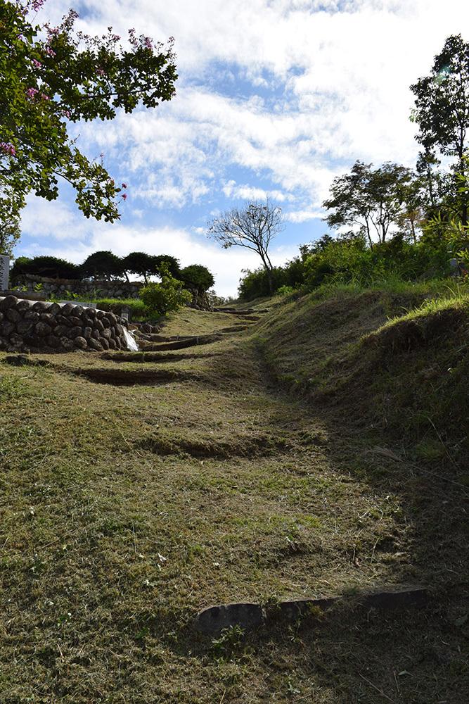 越前朝倉氏発祥の地、但馬朝倉城跡を訪ねて。_e0158128_20491160.jpg