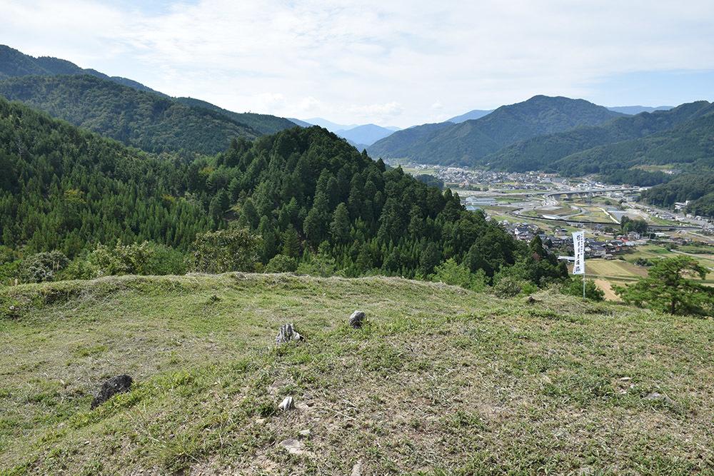 越前朝倉氏発祥の地、但馬朝倉城跡を訪ねて。_e0158128_21083902.jpg