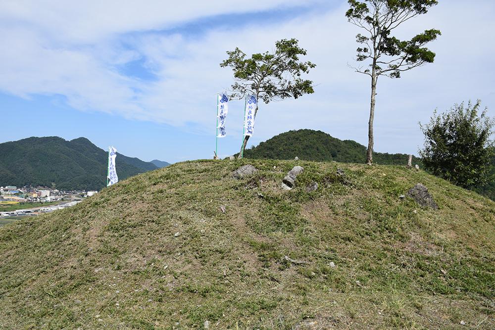 越前朝倉氏発祥の地、但馬朝倉城跡を訪ねて。_e0158128_21134614.jpg