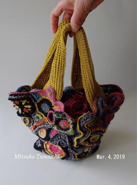 フリーフォームのバッグ     My free-form crocheting bag_b0029036_19535555.jpg
