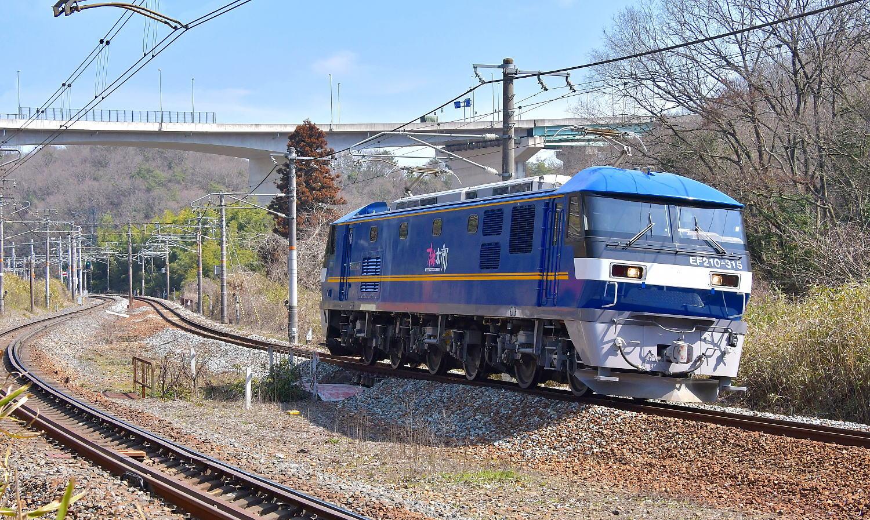 【補機運用EF210-315】_a0251146_18442259.jpg