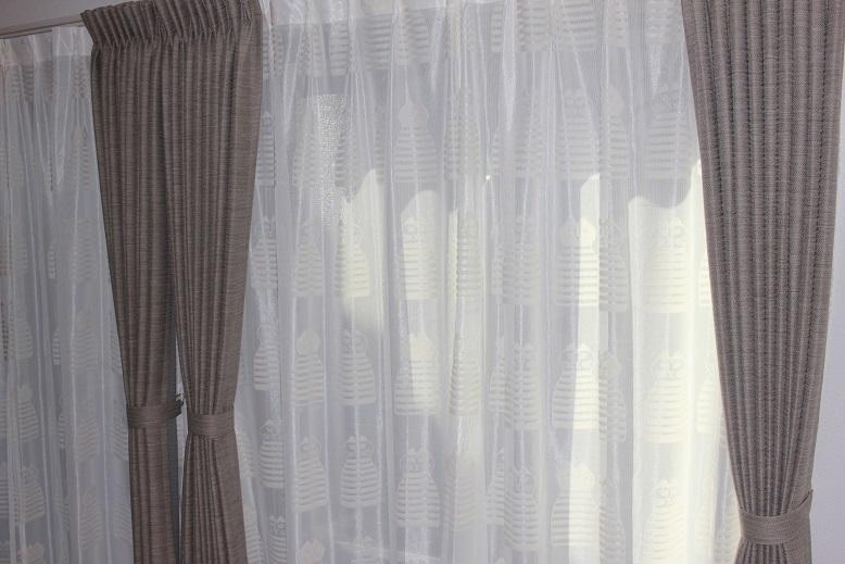リサ ラーソンのカーテン_e0133255_18481161.jpg