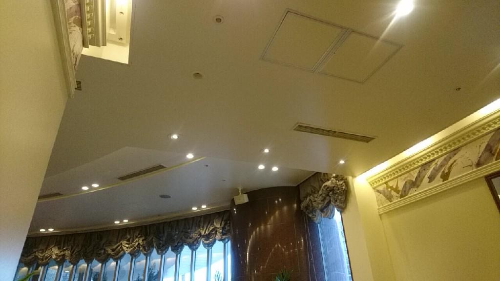 ホテルガーデンパレス札幌の朝食は、_b0106766_07324269.jpg