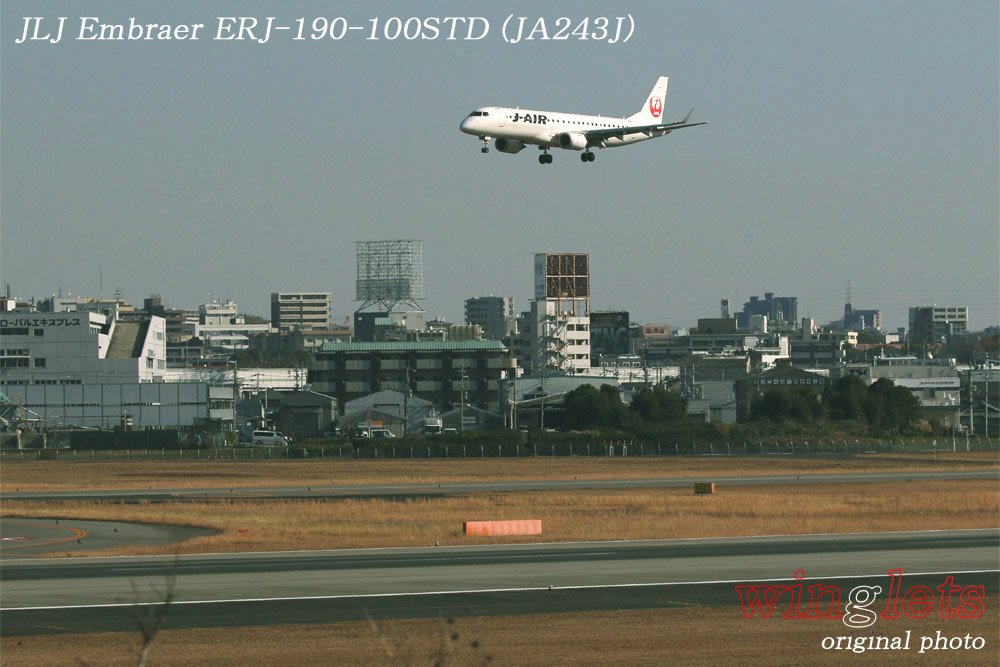 '19年 伊丹空港レポート・・・JLJ/JA243J_f0352866_1801011.jpg