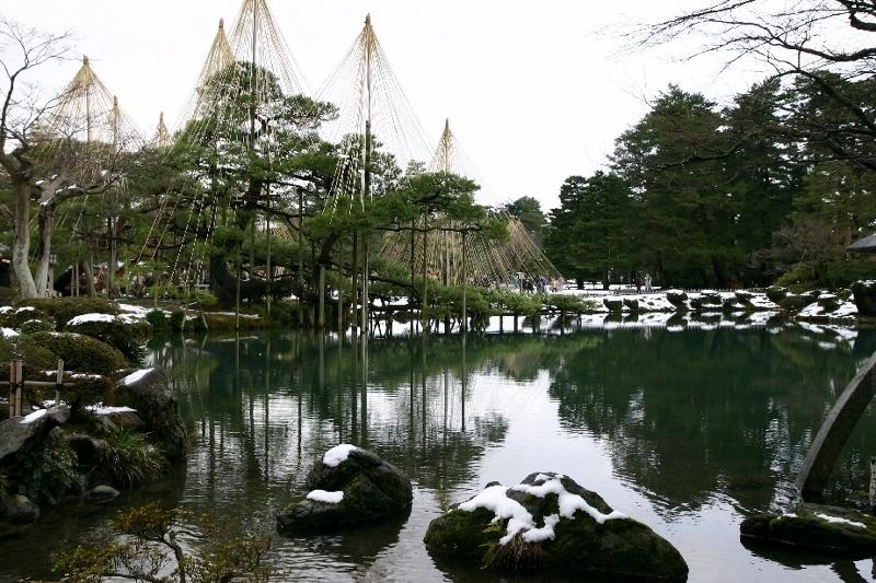 兼六園の冬景色_a0355356_12545941.jpg