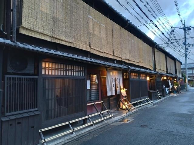 2019早春の京都と大津をめぐる (4) 京都東山の山頂、将軍塚に登る。_f0100593_09172604.jpg
