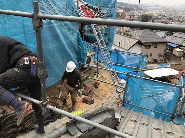 続・瓦の葺替え工事。_b0131012_19161507.jpg