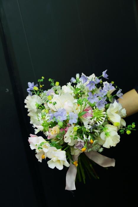 3月7日生花レッスン 春の小花がとぶとぶなブーケ メラスファエルラ!_a0042928_12525971.jpg