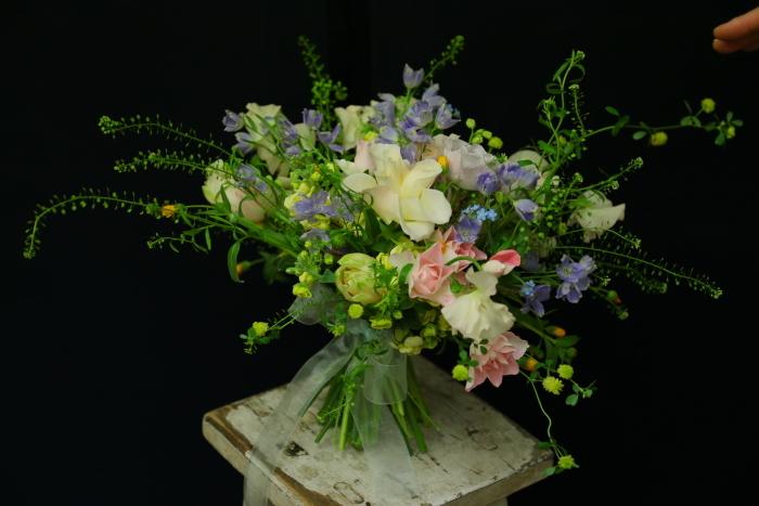3月7日生花レッスン 春の小花がとぶとぶなブーケ メラスファエルラ!_a0042928_12530474.jpg