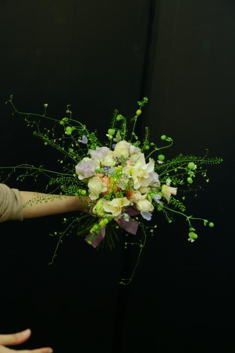 3月7日生花レッスン 春の小花がとぶとぶなブーケ メラスファエルラ!_a0042928_12530782.jpg