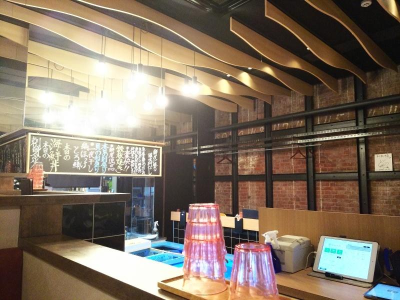 敦賀赤レンガ倉庫で蟹のランチ&カフェ_e0305834_18051719.jpg